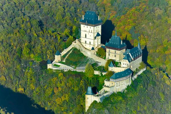 Средневековый замок Карлштейн, Чехия