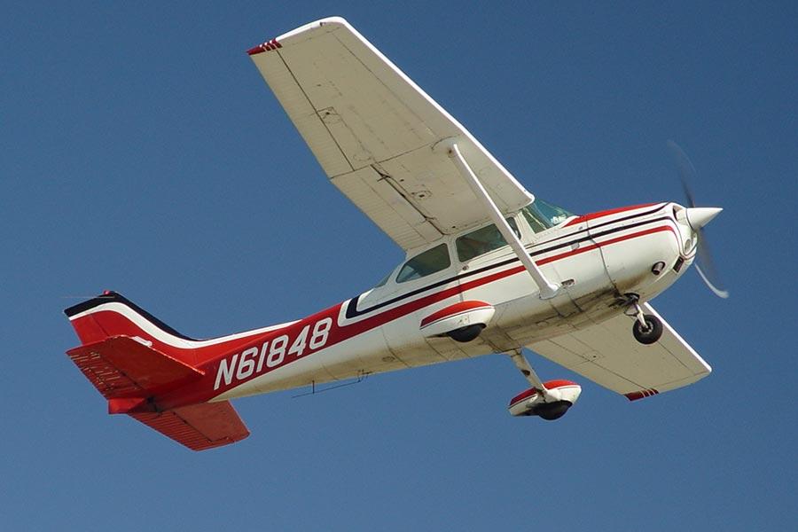 Полеты на самолете Cessna 172 Skyhawk над замками Чехии