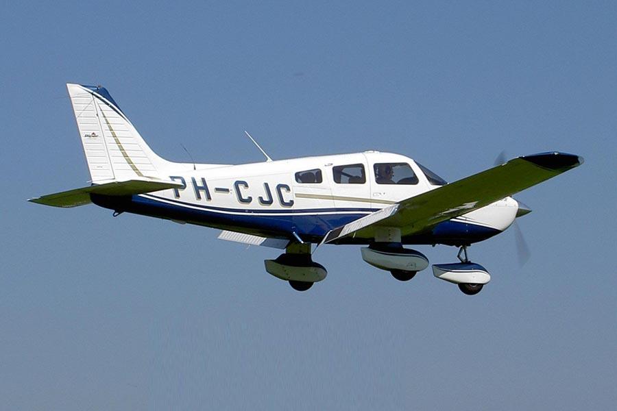 Полеты над средневековыми замками Чехии на самолете Piper PA-28 Cherokee